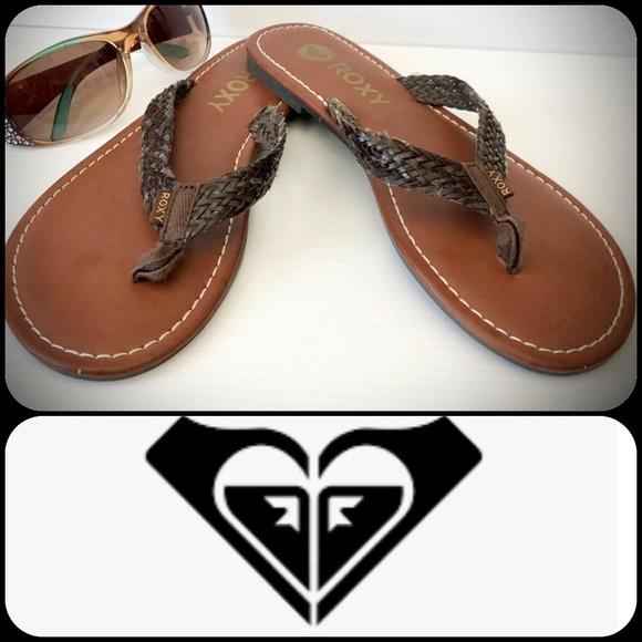 NWOT Roxy Julina Brown Braided Flip Flops